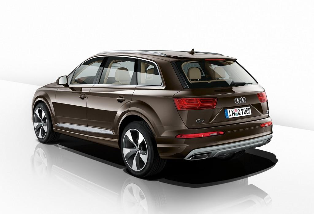 Audi-Q7 2017